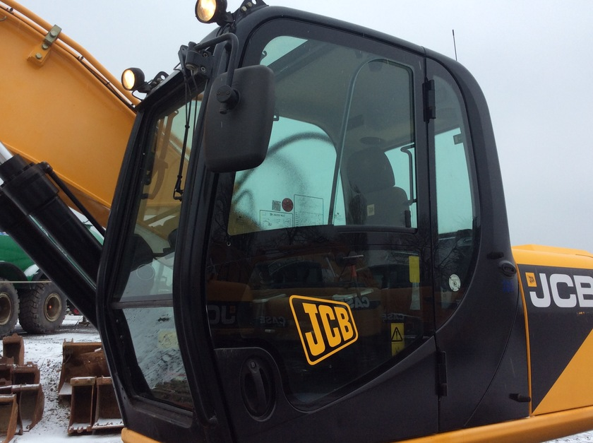 2012 JCB JS220 NLC
