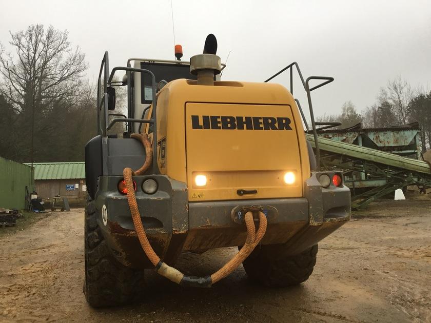 2006 Liebherr L576